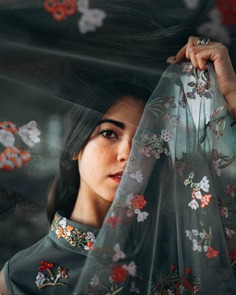 Gorgeous Lifestyle and Conceptual Portrait Photography by Ale Perianyiez