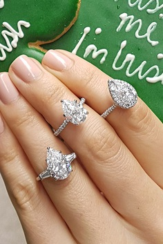 Especially for girls, we've collected the most beautiful engagement rings!