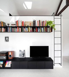 Practical One-Bedroom Apartment - InteriorZine