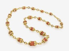 FANCY LINK CHAIN DECORATED WITH OLIVE-SHAPED CORAL