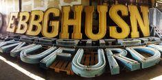 feeldesain Buchstaben Museum open #signs #typography