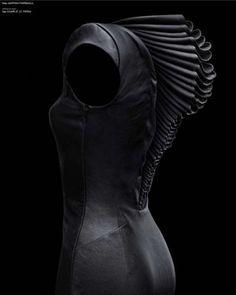 Covet Garden: Hannah Marshall Spine Dress | #spine #dark #dress #gothic