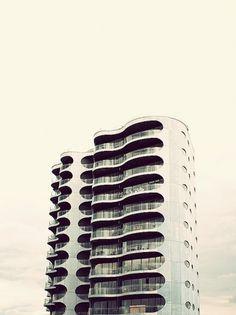 Metropolis #photo #building