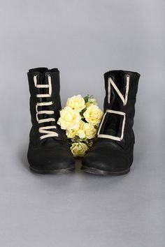 r27 Janr #constructed #apparel #hoe #photo #design #made #flower #type #boots #hand #typography