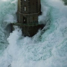 Piccsy :: lighthouse #ocean #wave #water #power