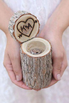 e have found the most beautiful and unique engagement ring boxes imaginable. Just take a look at our gallery and you'll want one immediately. The choice is going to be difficult; the ring boxes are as different as the rings.