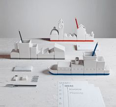 Desktructure by Hector Serrano for Seletti Photo #desktop #box #desk #pen #holder