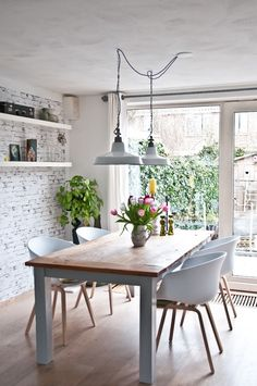 The Design Chaser: Dining Rooms | Bright, White #interior #design