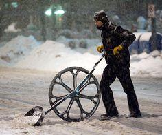 Folding Frame Snow Wolf Wheeled Snow Shovel #gadget