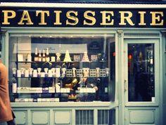 The Alternative Wife #paris #photography #retro