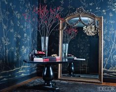 Navy floral wallcovering by de Gournay