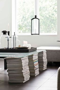CJWHO ™ (creating a table from magazines | Sköna hem) #magazines #white #clever #design #furniture #photography #table