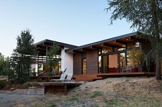 Sacramento Modern Residence with Classic Charm
