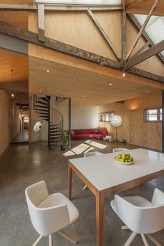 interiors, Affordable + / Steffen Welsch Architects