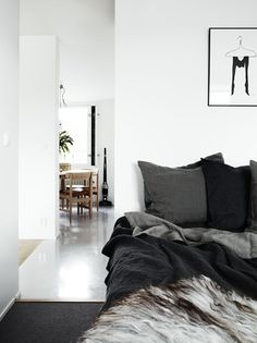 The Design Chaser: Inky Greys & Dip Dyes #interior #design #decor #deco #decoration