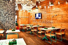 Restaurant so Luxuriantly Adorned with Graffiti flagship restaurant obed bufet 7