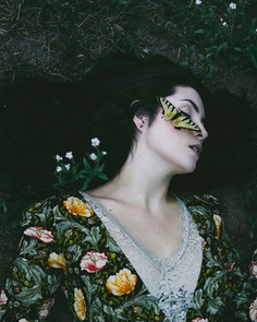 Eccentric and Fine Art Portrait Photography by Robyn Walsh