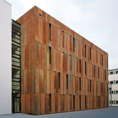 Dezeen » Blog Archive » Haus der Essener Geschichte by Scheidt Kasprusch #architecture