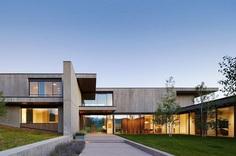 Mountain Modern House in Colorado 1