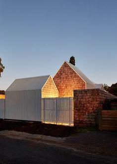 Tower House / Andrew Maynard Architects