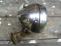 Would love a refurbished period lamp #light #vintage