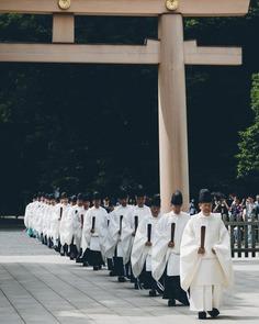 Cinematic Street Photography in Japan by Yuma Yamashita