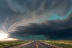 Incredible Storm Photography by Dennis Oswald