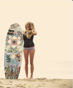 http://blogg.654.se/surf/702/ #surfboard #girl