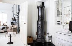 Kamin i sekelskifteshus #interior #design #decor #deco #country #decoration