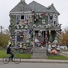 this isn't happiness™ photo caption contains external link #toys #ghosts #mascots #house