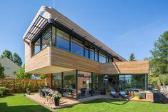 Plus-Energy Houses
