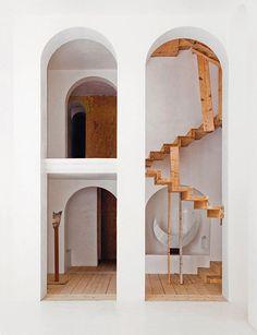 The-Labyrinth-Home-of-Xavier-Corbero-4