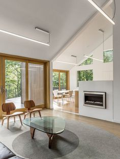 Renovation of a Private Residence on a Wooded Site Near Iowa City, Iowa 6