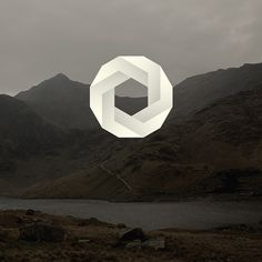 Astronaut #minimal #white #mountains #circle #astronaut design #impossible figure