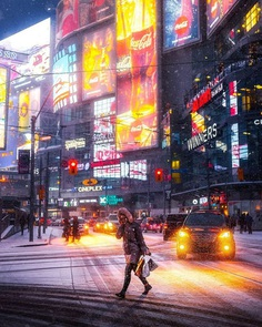 #streetsoftoronto: Vibrant Street Photography by Max Whitehead