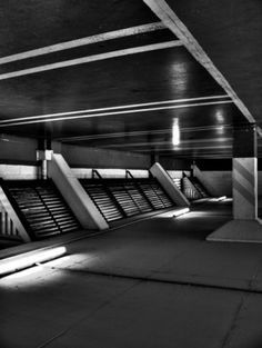 Ian Walsh Design #photography #blackwhite