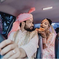 A Click With The Foodie Bride