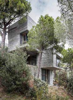 Mediterrani 32, Sant Pol de Mar (BCN) by Daniel Isern architect