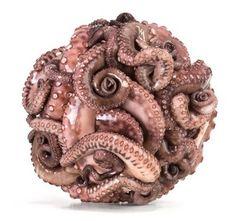 Kule na jeden kęs/ edible artworks : EXAMPLE.PL - dajemy dobry przykład ! #adar #nir #sculpture #octopus