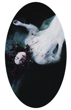 Mira Nedyalkova | PICDIT #photo #model #photography