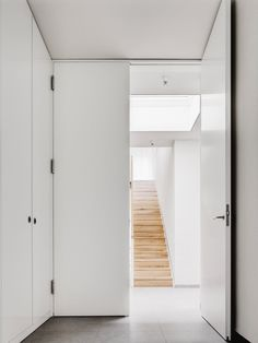 Full height door. Detached House by CAMA A. Photo by Hiepler, Brunier. #door #camaa #minimal