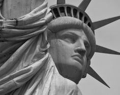 Statue Of Liberty Head wallpaper