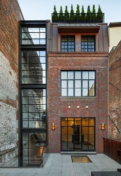 Chestnut Street Townhouse, Boston by Hacin + Associates