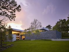 Hinsdale House Has an Ideal Exposure to the Sun and Protected Views 1