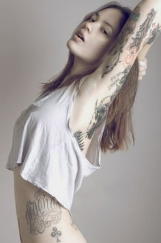 tumblr_lf7hhuJvqd1qzmy30o1_500.jpg 466×700 pixels #tattoo #woman