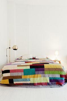 Color Blocking #bedding #grid #color #blocking