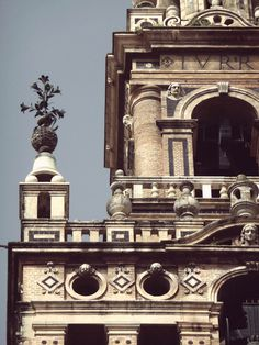 Photographic Inspiration #spain #seville #architecture #cathedral #detail