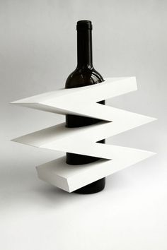 packaging | UQAM | Sylvain Allard #packaging #uqam #wine #origami #papercraft