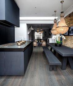 Casa Botelho – Stunning Residence in Central London