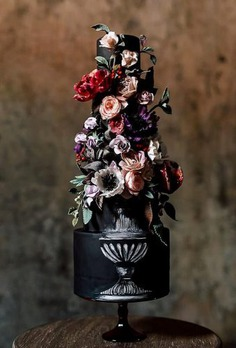 If you want to surprise your guests, then a black wedding cake is a great idea. It can be stylish, unusual, small or big, but it will always be awesome. The best ideas we collected in this article.
